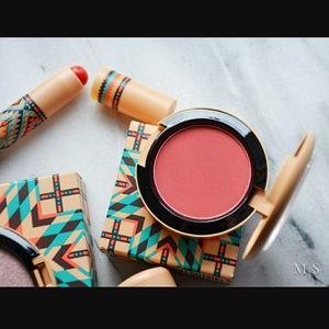 MAC Cosmetics Vibe Tribe Adobe Brick Powder Blush